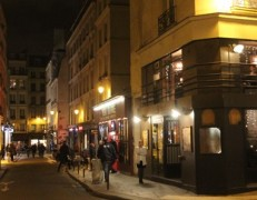 "Guided Bike Tour ""Libertine""  Le Marais by Night"