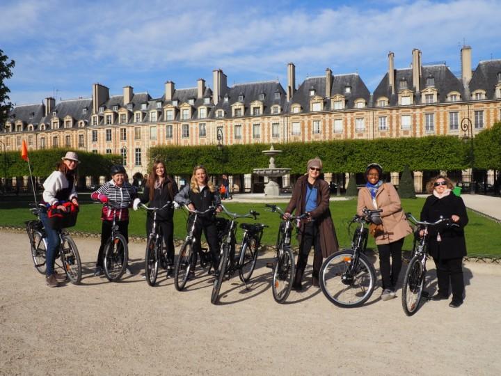 guided tours paris by electric bike e bike rental paris center. Black Bedroom Furniture Sets. Home Design Ideas