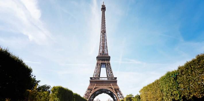 visite-Tour Eiffel -a-pieds