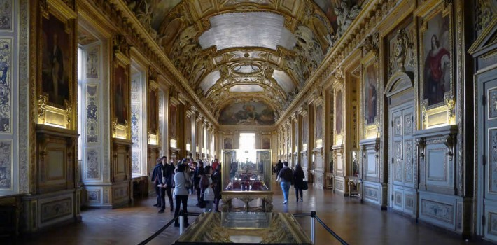 Visiter musée du Louvre à bicyclette